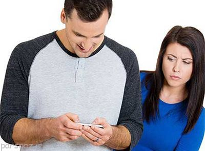 پیامک ها و ایمیل های همسر