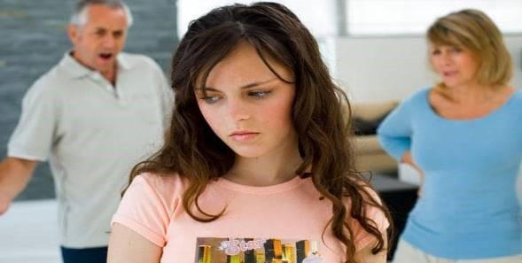 نوجوانی را سن بحران نامیده اند