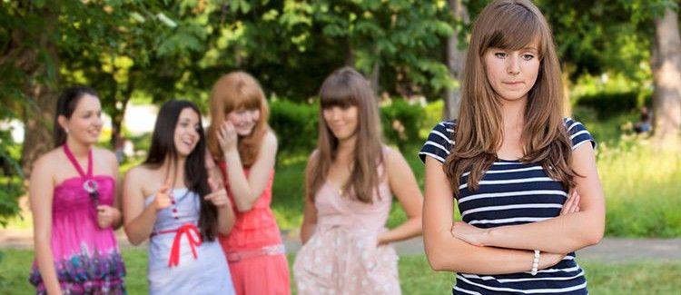 روابط دوستی در میان دختران عمیقتر از پسران