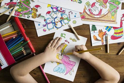 نقش فعالیت های هنری در خلاقیت کودکان