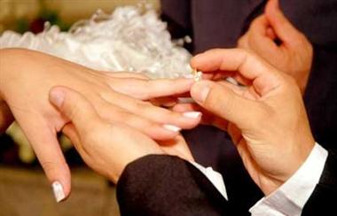 ازدواج با زن یا مرد مطلقه