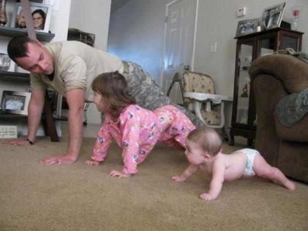 بچهها از والدینشان تقلید میکنند